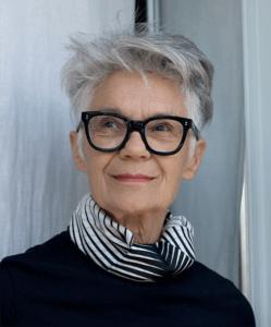 portrait de Anne Blanchet qui realise une oeuvre d'art contemporaine pour les JEP 2021 dans l'Eure